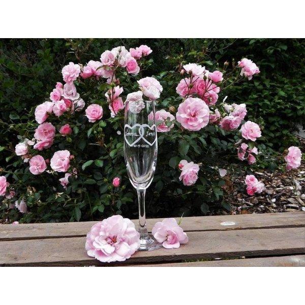 champagneglas med hjerter