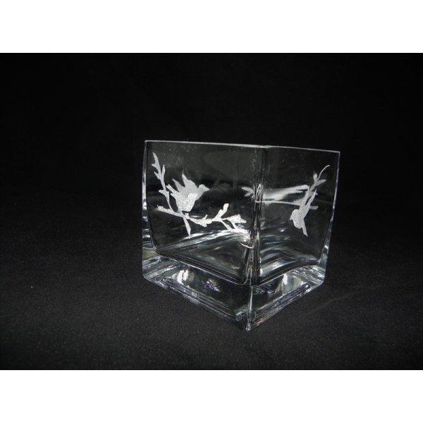firkantet glasskål med gravering af fugle