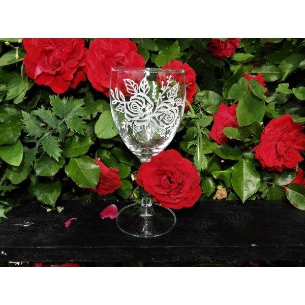 Rødvinsglas m/rosemotiv